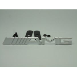 AMG Emblem Kühlergrill